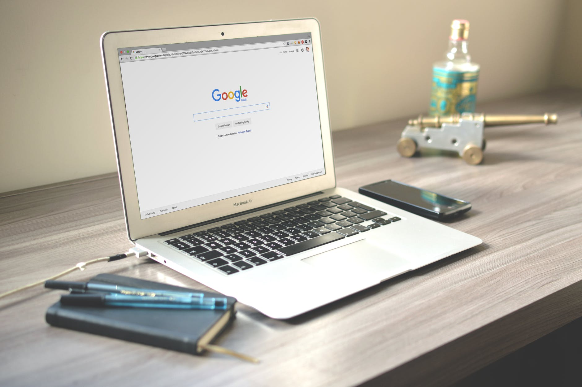 GoogleChromeのメモリを大量使っていた原因は機能拡張でした。